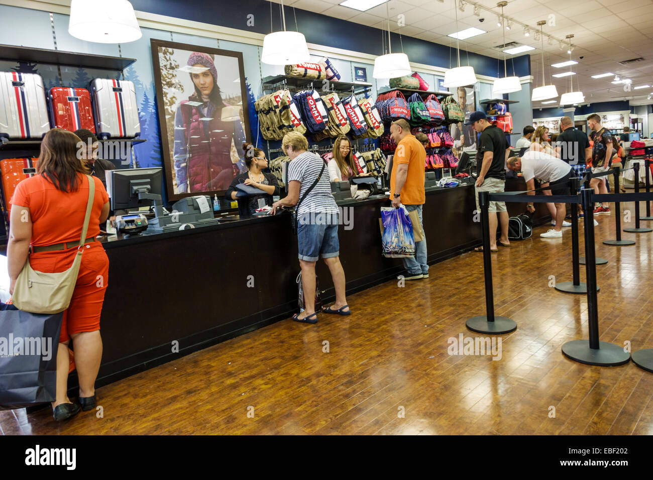 Jb Hi Fi Stock Check Checkout Line Queue Stock Photos And Checkout Line Queue