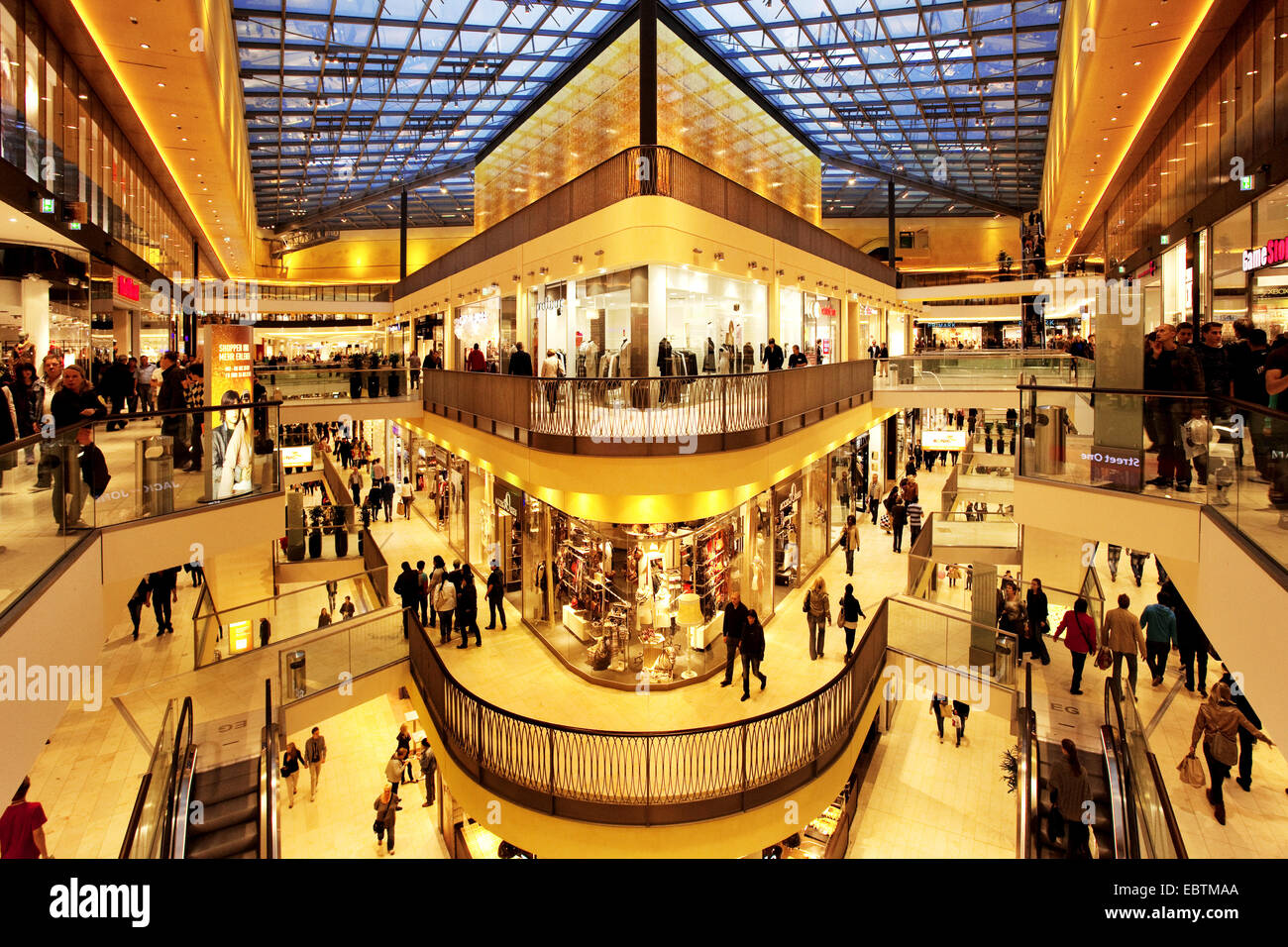 Dortmund Shopping Center Interior View Of Shopping Centre Thier Galerie Germany