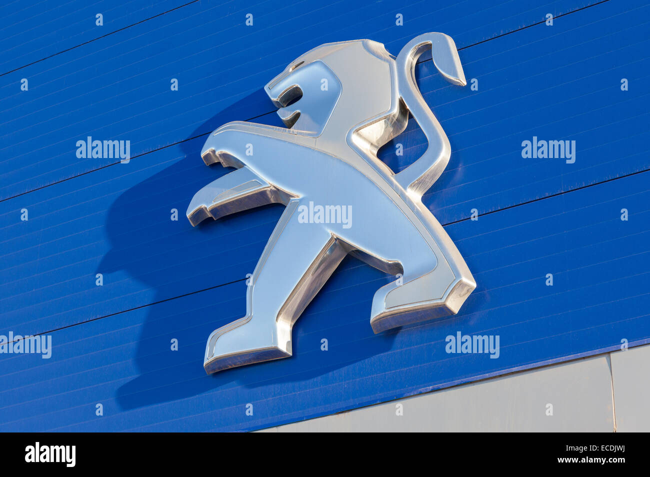 Garage Peugeot Montreuil Peugeot Building Stock Photos Peugeot Building Stock Images Alamy