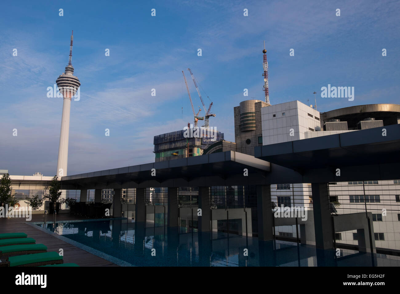 Rooftop Zwembad Kuala Lumpur Rooftop Pool Stock Photos And Rooftop Pool Stock Images Alamy