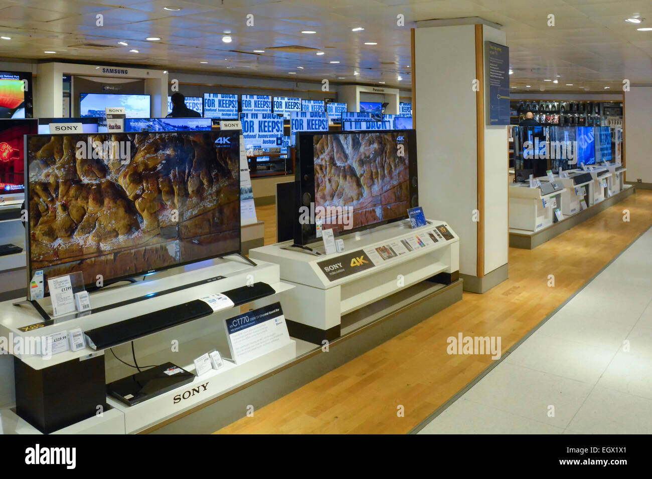 Tv Store Tvs Store Stock Photos And Tvs Store Stock Images Alamy