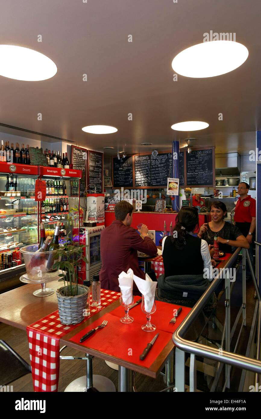Bar A Manger France Paris Pg S Bar α Manger Fastfood Restaurant Stock Photo