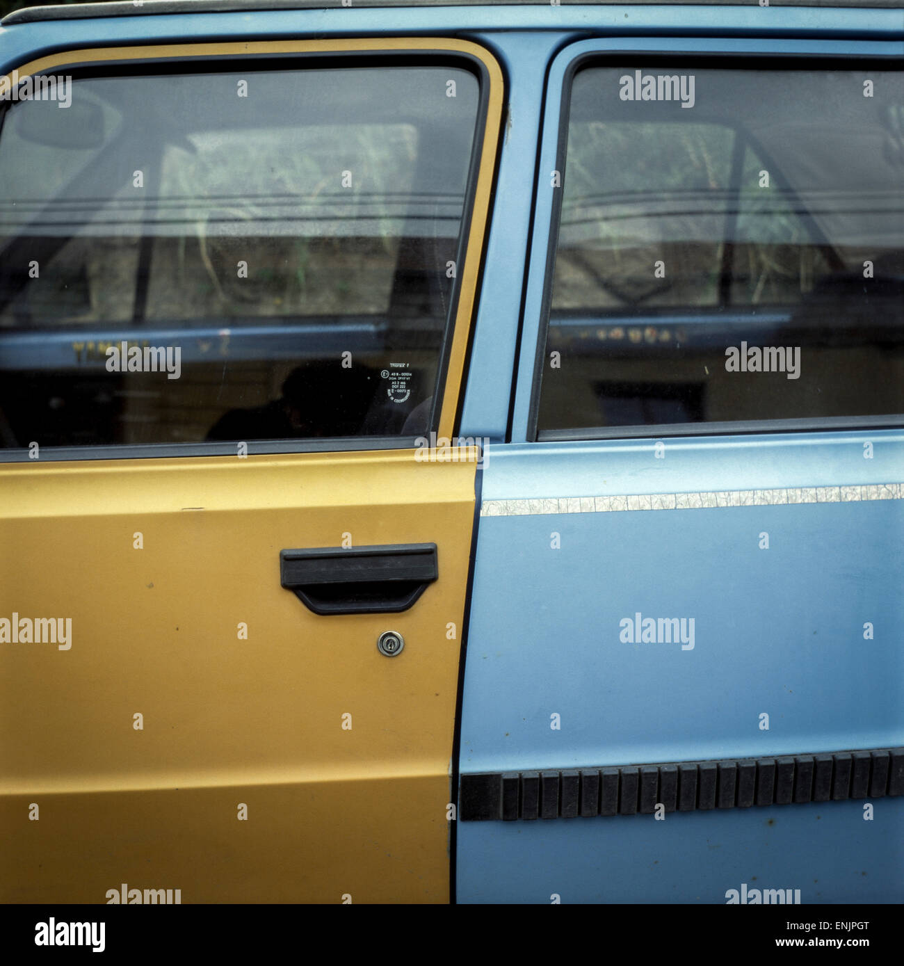 Garage Skoda Colmar Old Car Doors Stock Photos Old Car Doors Stock Images Alamy