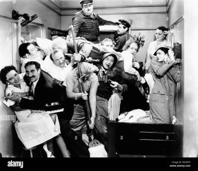A Night at the Opera, USA 1935, aka: Die Marx Brothers in der Oper Stock Photo: 82222155 - Alamy