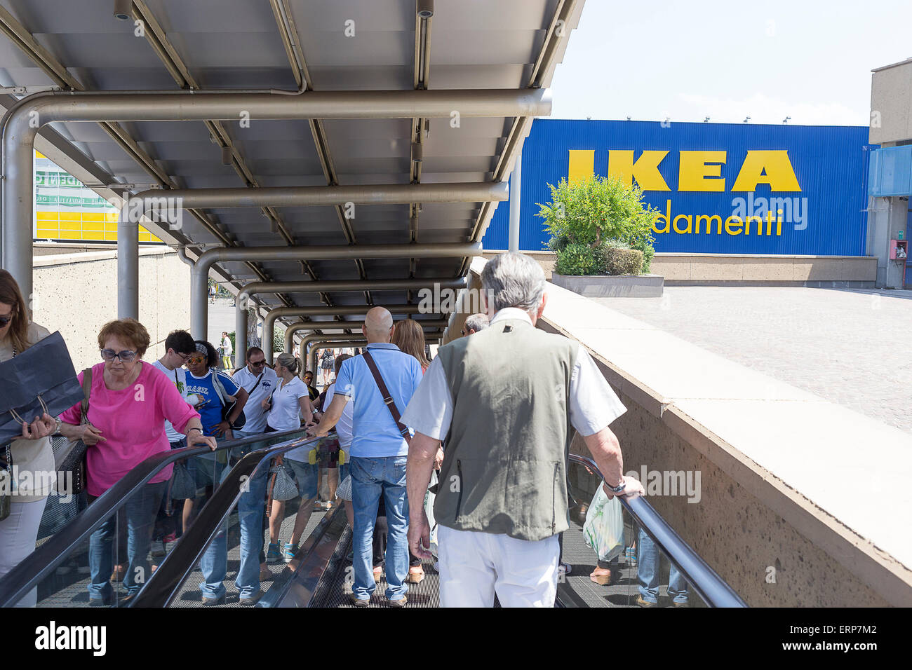 Ikea Roma Rome Italy 06th June 2015 Hundreds Of Workers Of The Stock