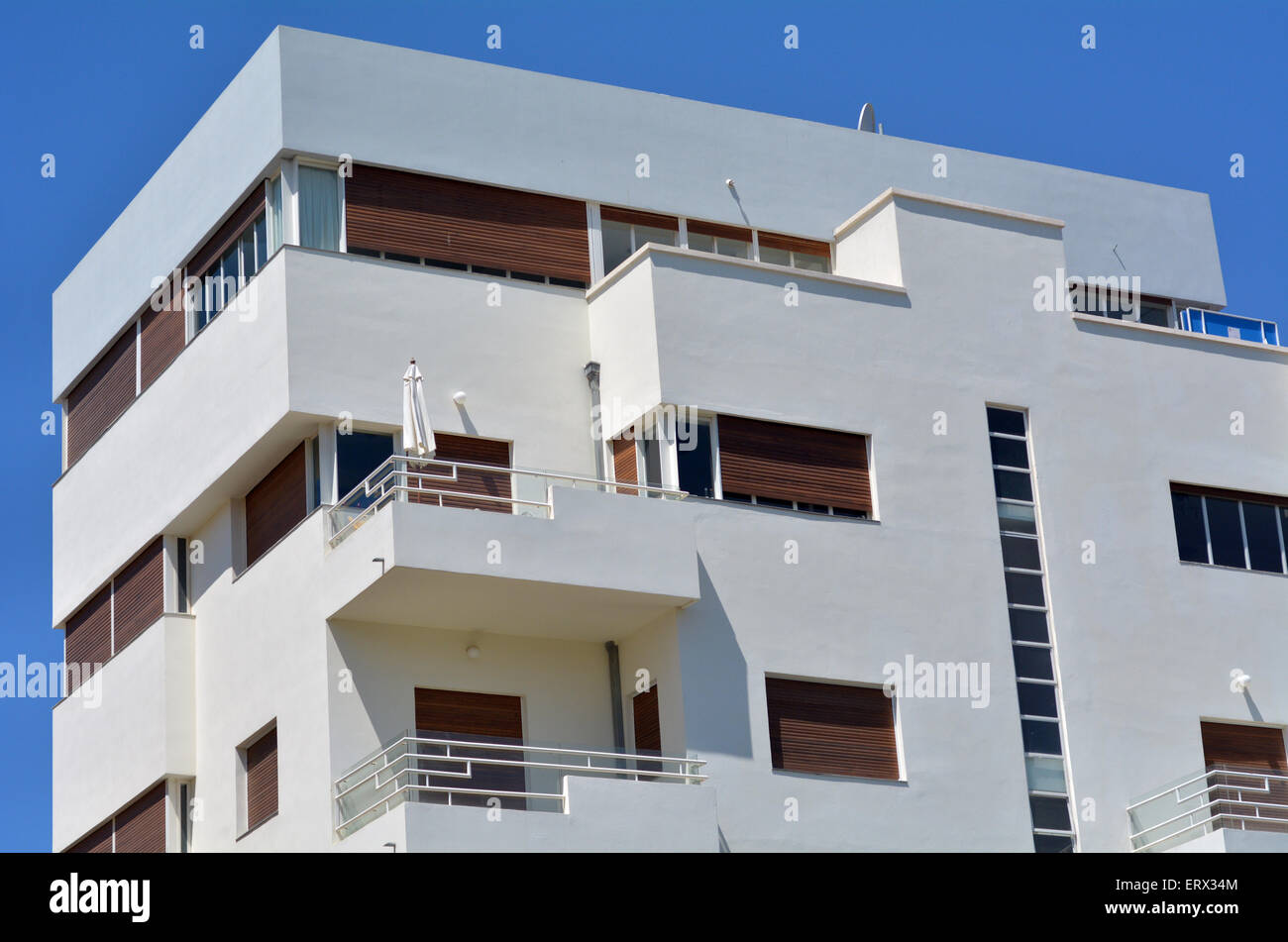 Bauhaus Architekt Bauhaus Architecture Stock Photos And Bauhaus Architecture