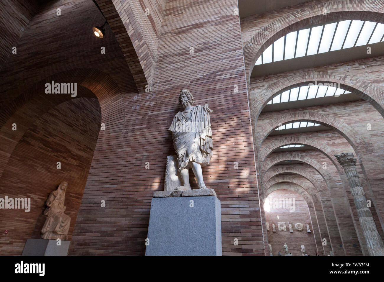 Arte Romano En Navarra Rafael Moneo Stock Photos Rafael Moneo Stock Images Alamy