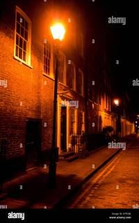 Victorian street lamp lights streets of East London at ...