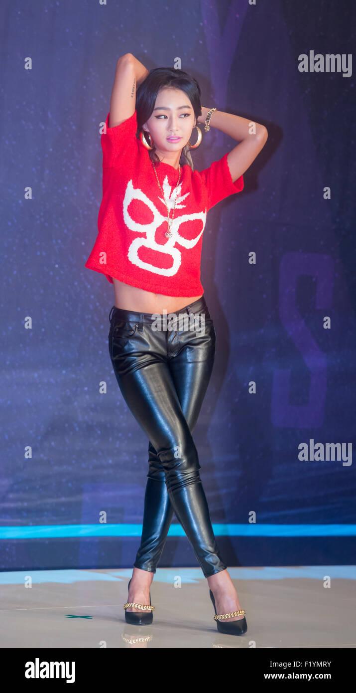Korean Girl Wallpaper Pack Hyorin Sistar Sep 8 2015 Hyorin South Korean Idol