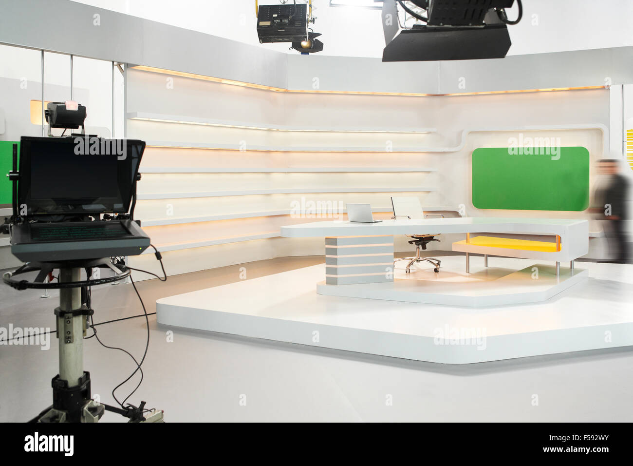 Bureau Interviewer Professionnel Professional Modern Television Set For News With Studio