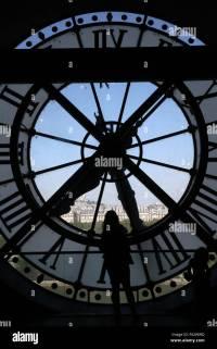 Giant Clock Stock Photos & Giant Clock Stock Images - Alamy