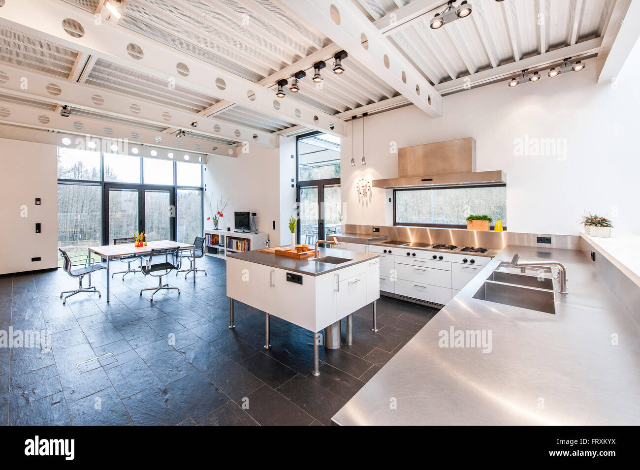 Bauhaus Villa Open Plan Kitchen Inside A Bauhaus Villa Sauerland Germany Stock