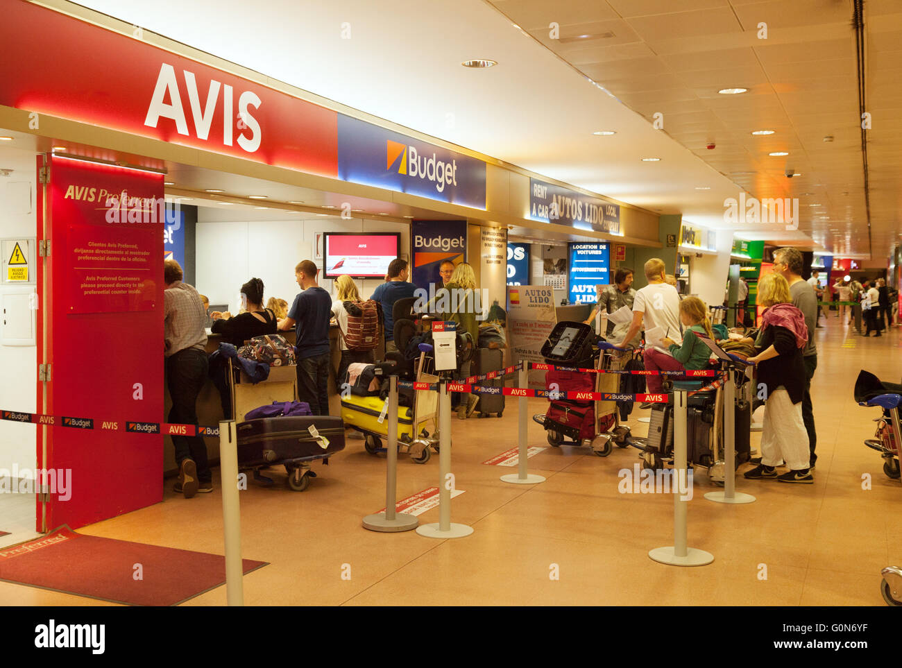 Avis Malaga Holiday Makers Queue At Car Rental Desks Malaga Airport Costa