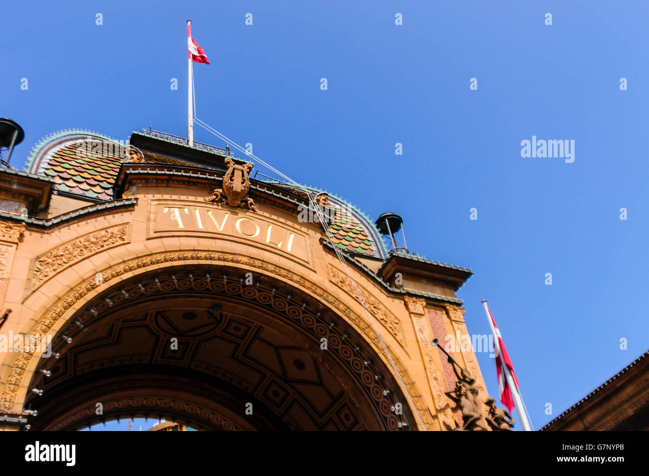 Tivoli Amusement Park Netherlands Balloon Arch Stock Photos And Balloon Arch Stock Images Alamy