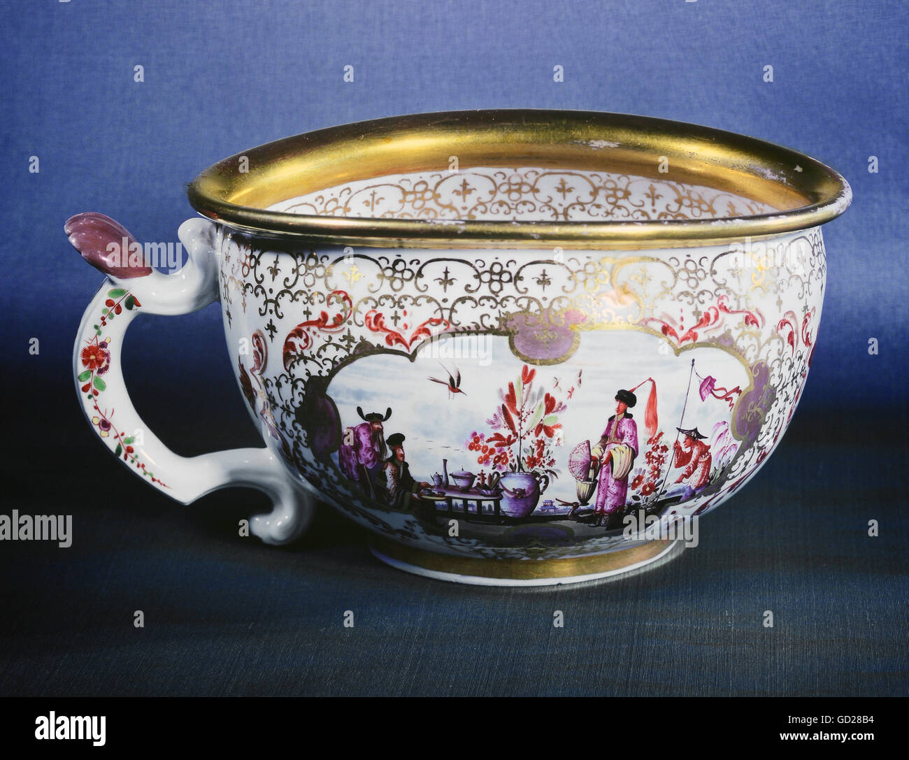 Bourdaloue Pot De Chambre Chamber Pot Stock Photos Chamber Pot Stock Images Alamy