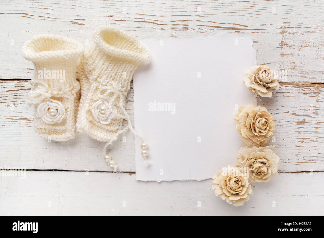 Newborn Baby Girl Wallpaper New Born Or Baptism Greeting Card Blank With Baby Girl