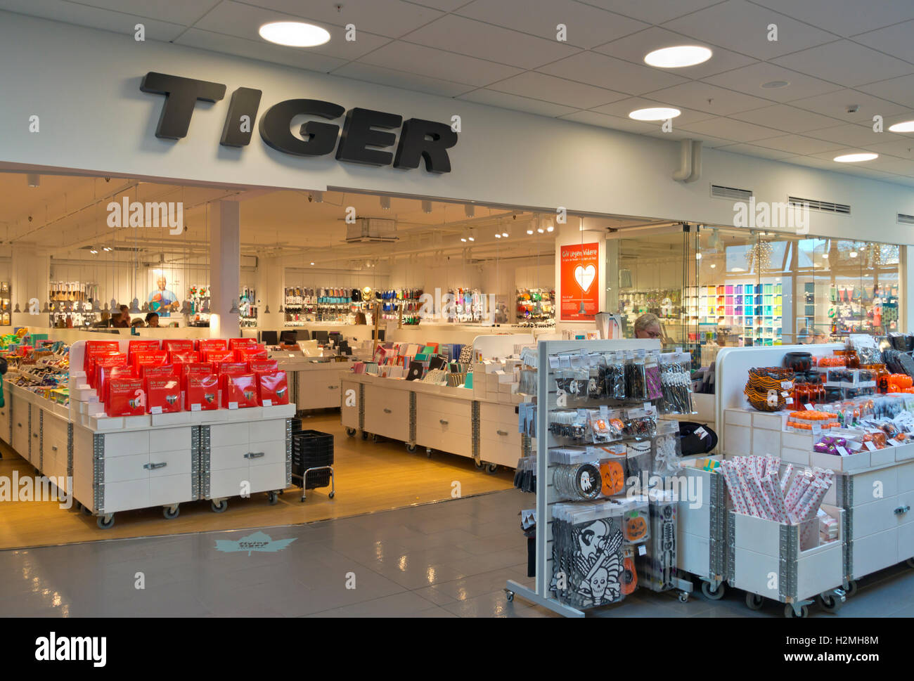 Flying Tiger Shop Tiger Shop Danish Variety Store Or Price Point Retailer