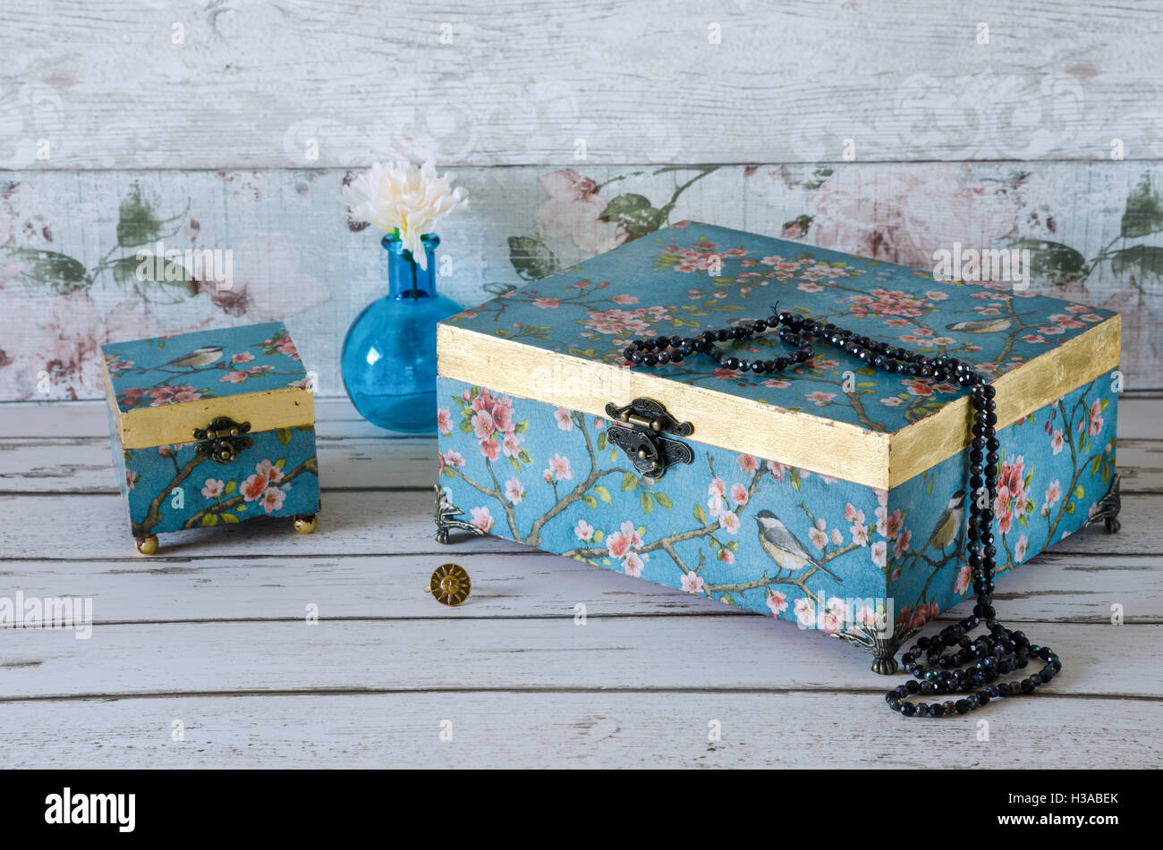 Vintage Style Jewellery Box Jewellery Box Stock Photos And Jewellery Box Stock Images