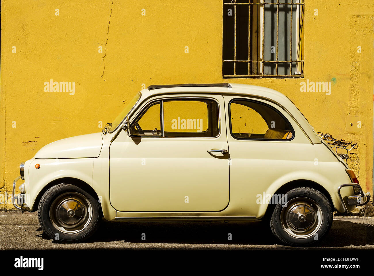 Fiat 500 Retro Fiat Cinquecento Stock Photos And Fiat Cinquecento Stock