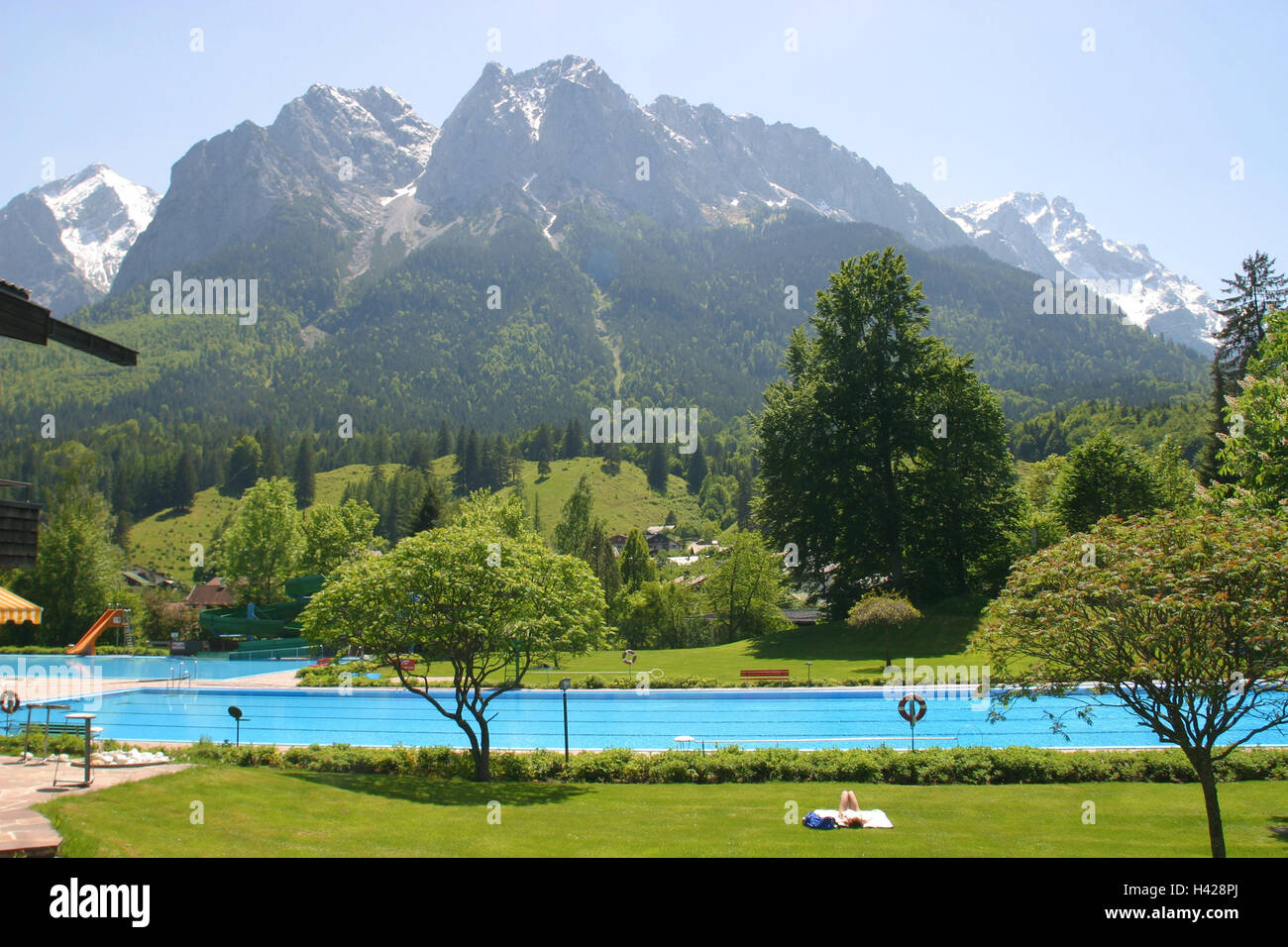 Zwembad Oberhausen Outdoor Pool Germany Stock Photos And Outdoor Pool Germany
