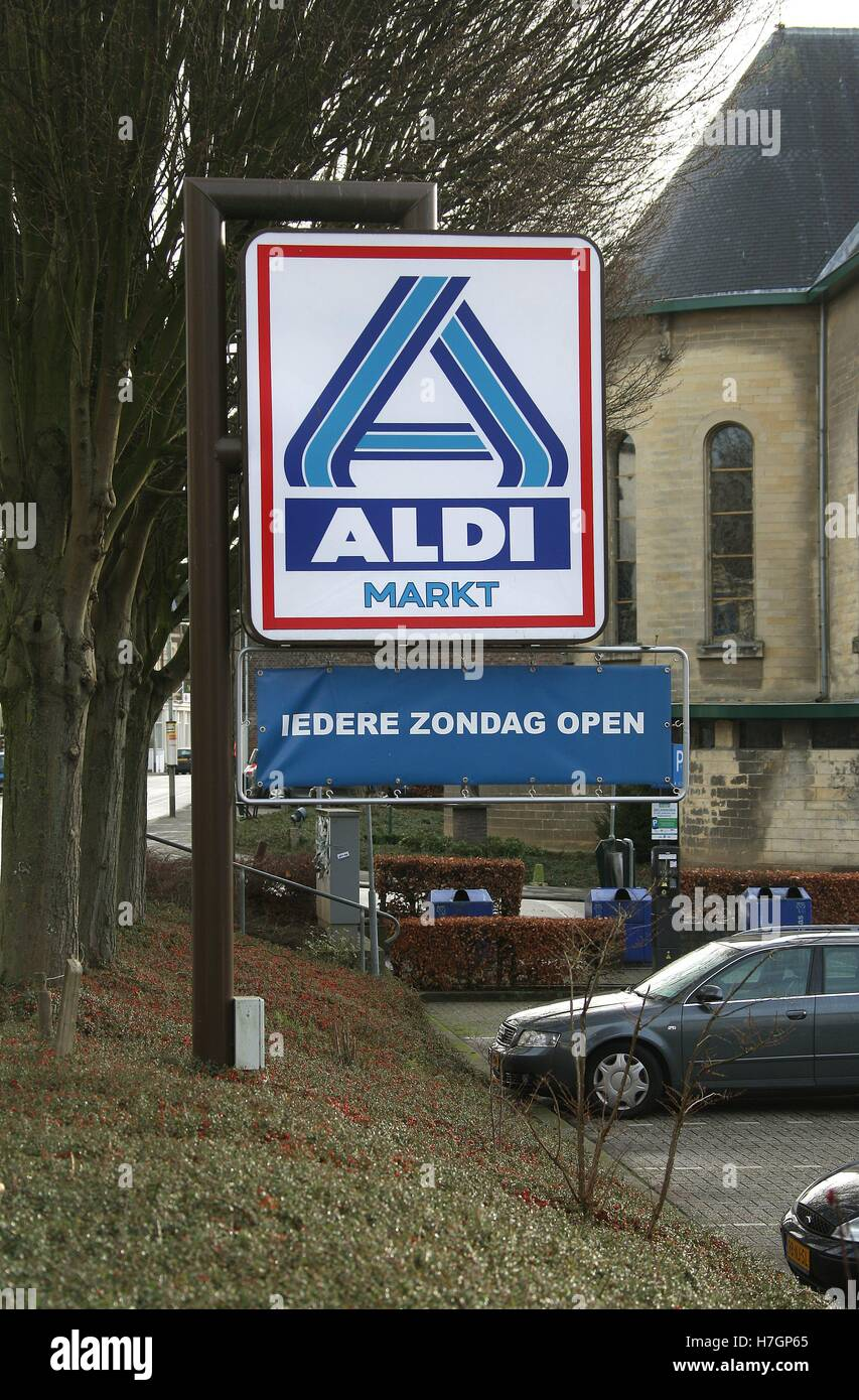 Valkenburg Zondag Aldi Logo Sign Outside One Of Its Supermarkets On Broekhem In The