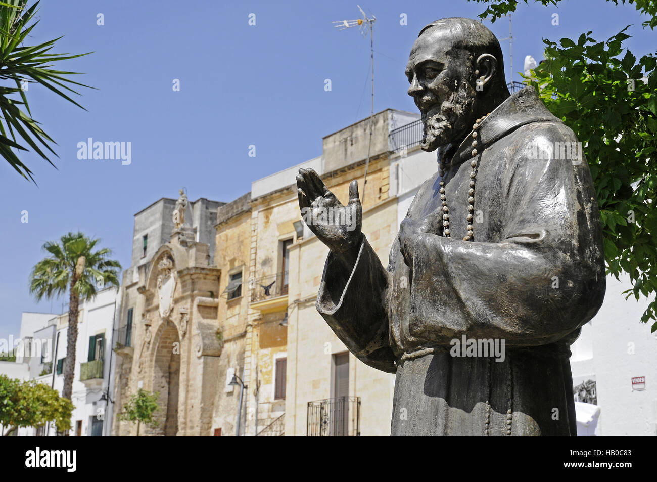 Canapé Italien St Priest Statue Of Padre Pio Stock Photos And Statue Of Padre Pio