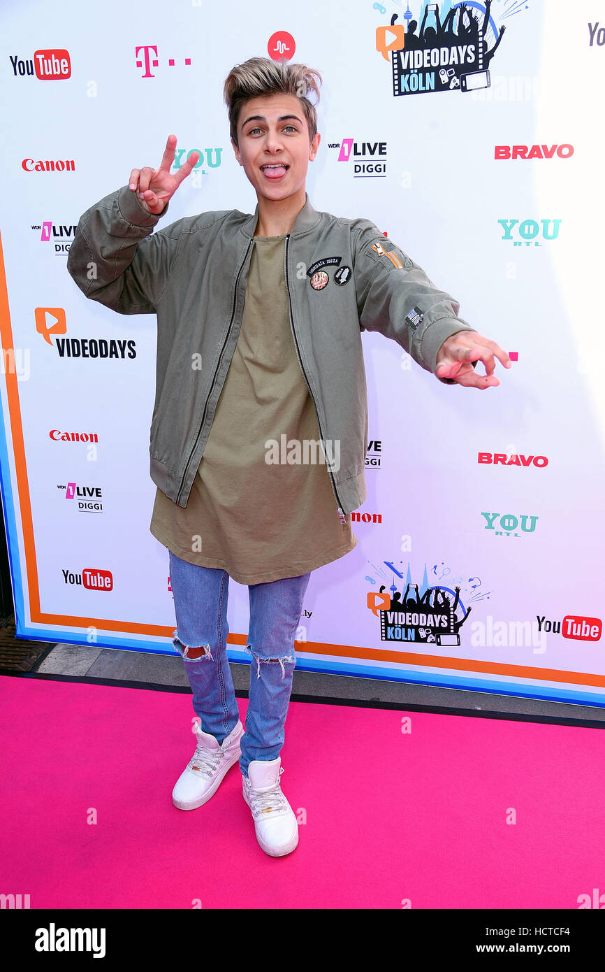 Rieger Discount Teppiche Youtube Videodays At Lanxess Arena Red Carpet Featuring Lukas
