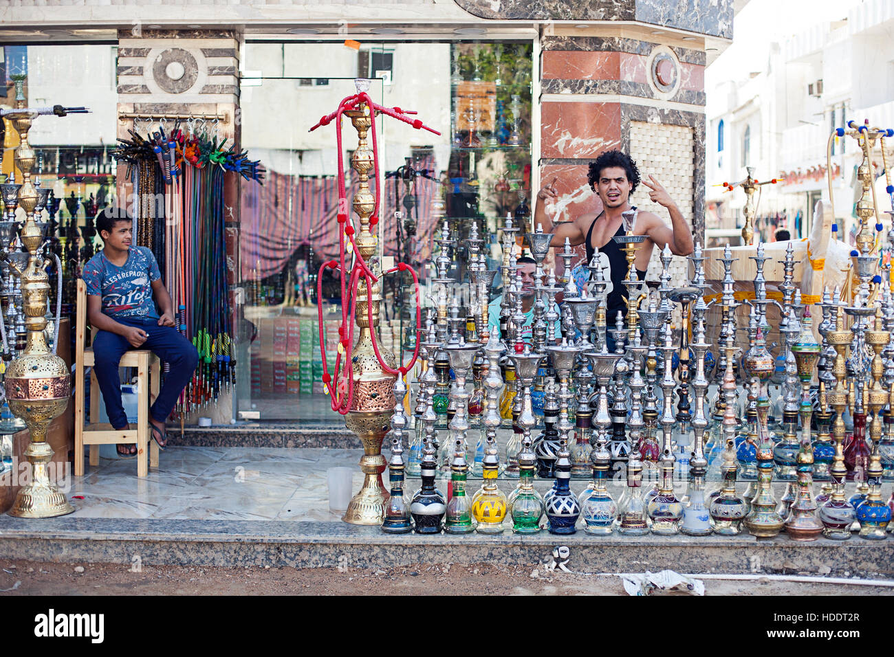 Turkish Store Mississauga Hookah Shop Stock Photos And Hookah Shop Stock Images Alamy