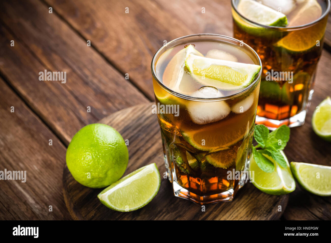 Cuba Libre Cocktail Cola Cocktail Stock Photos And Cola Cocktail Stock Images