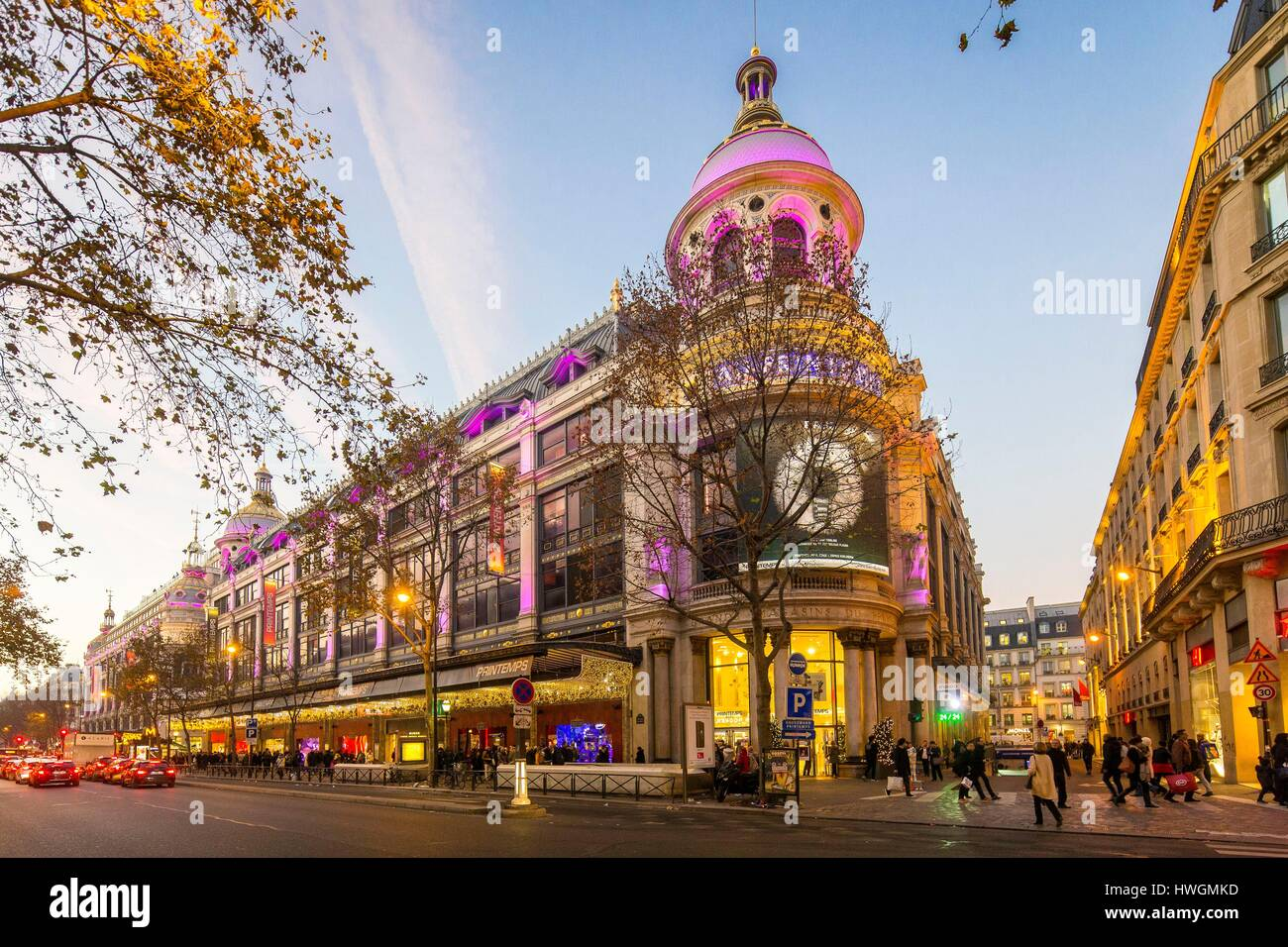 Le Printemps Paris France Paris Boulevard Haussmann And The Printemps Department