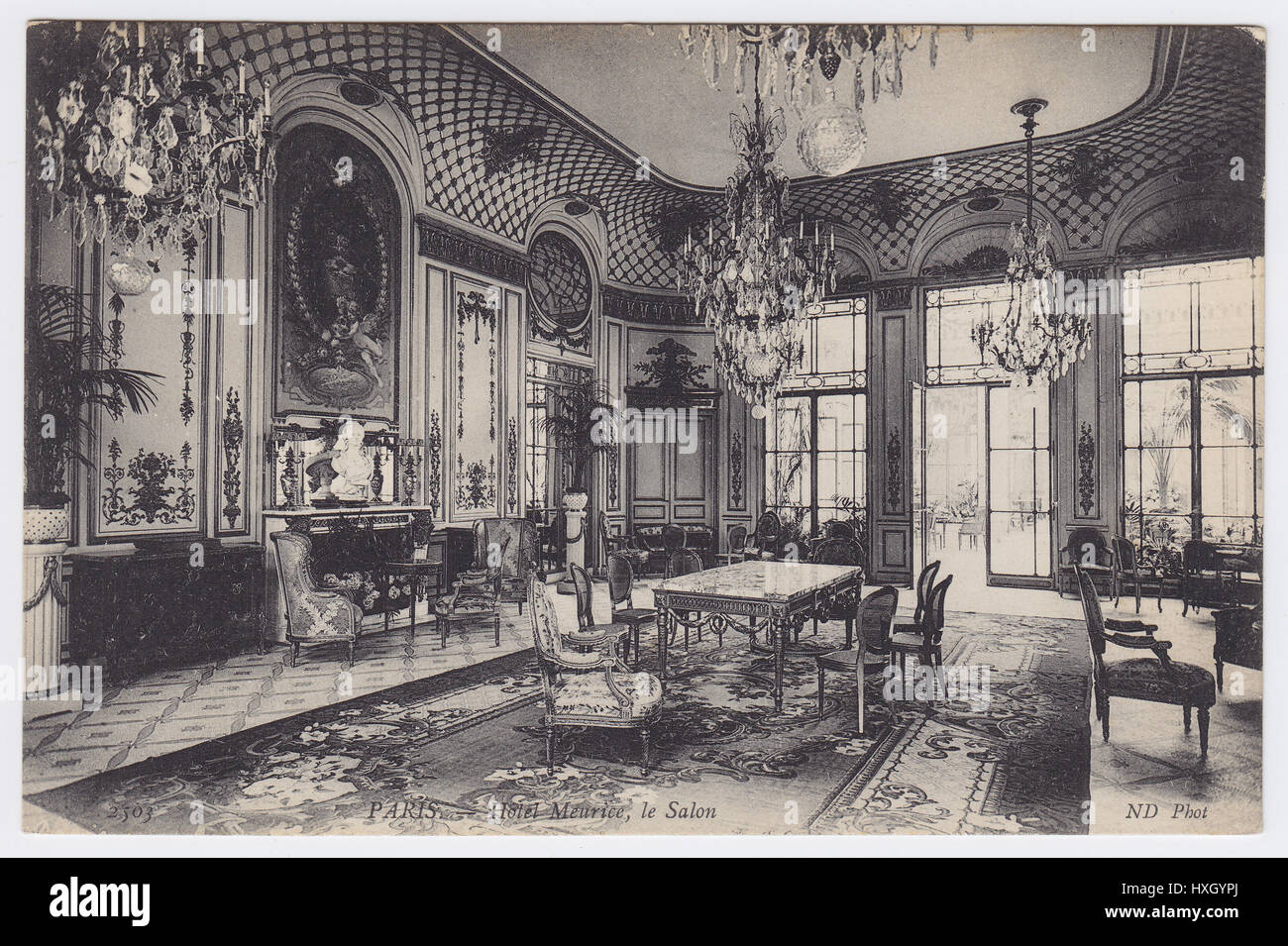 Salon Vintage Paris Hotel Meurice Paris France Salon Pompadour Stock Photo