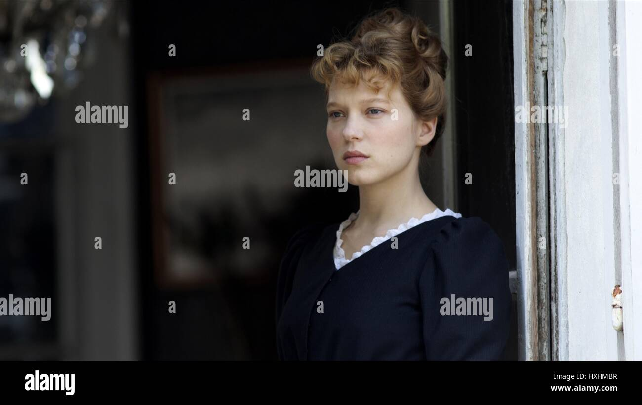 Tenue Femme De Chambre Chambermaid Stock Photos And Chambermaid Stock Images Alamy