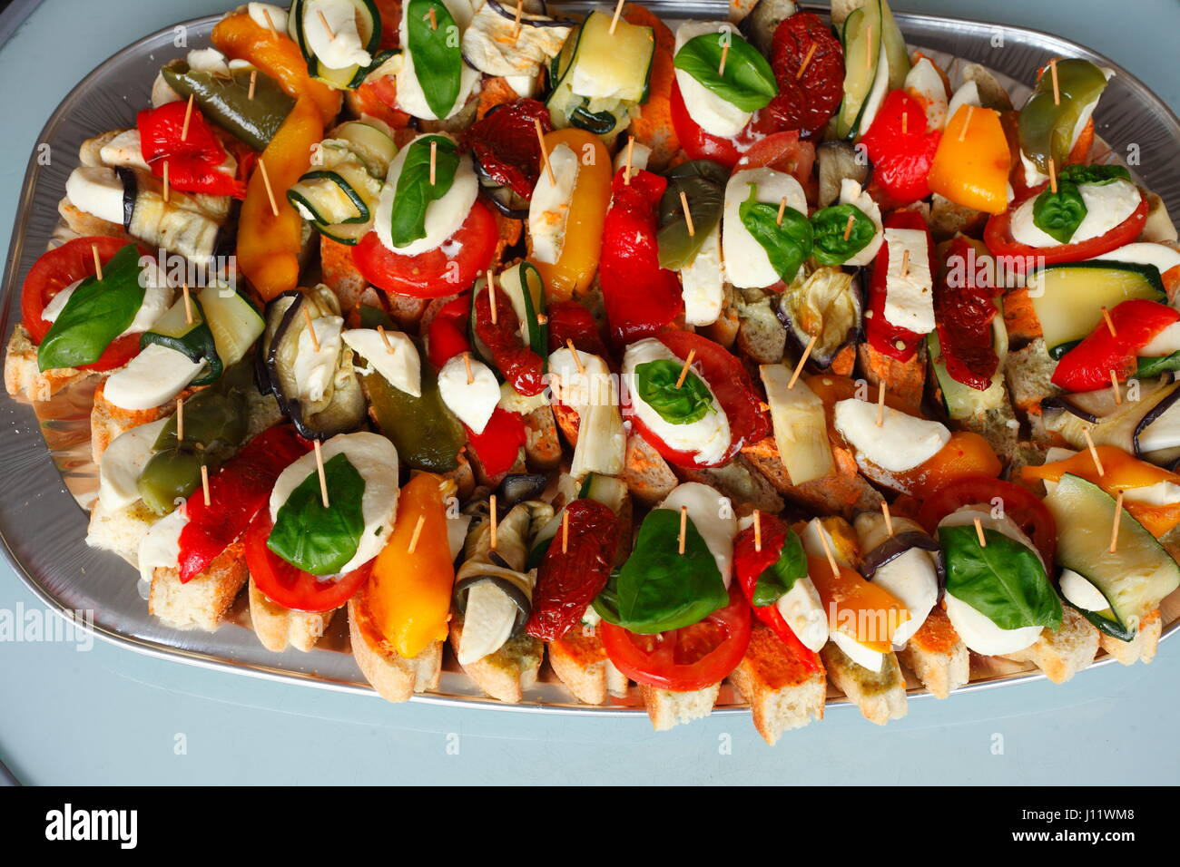 Kleine Party Snacks Little Party Spits With Snacks Stock Photo 138339720 Alamy
