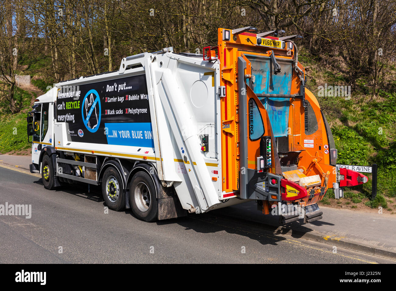 Recyclinghof Freiburg Dustbin Lorry Waste Collection Service Uk Council Service