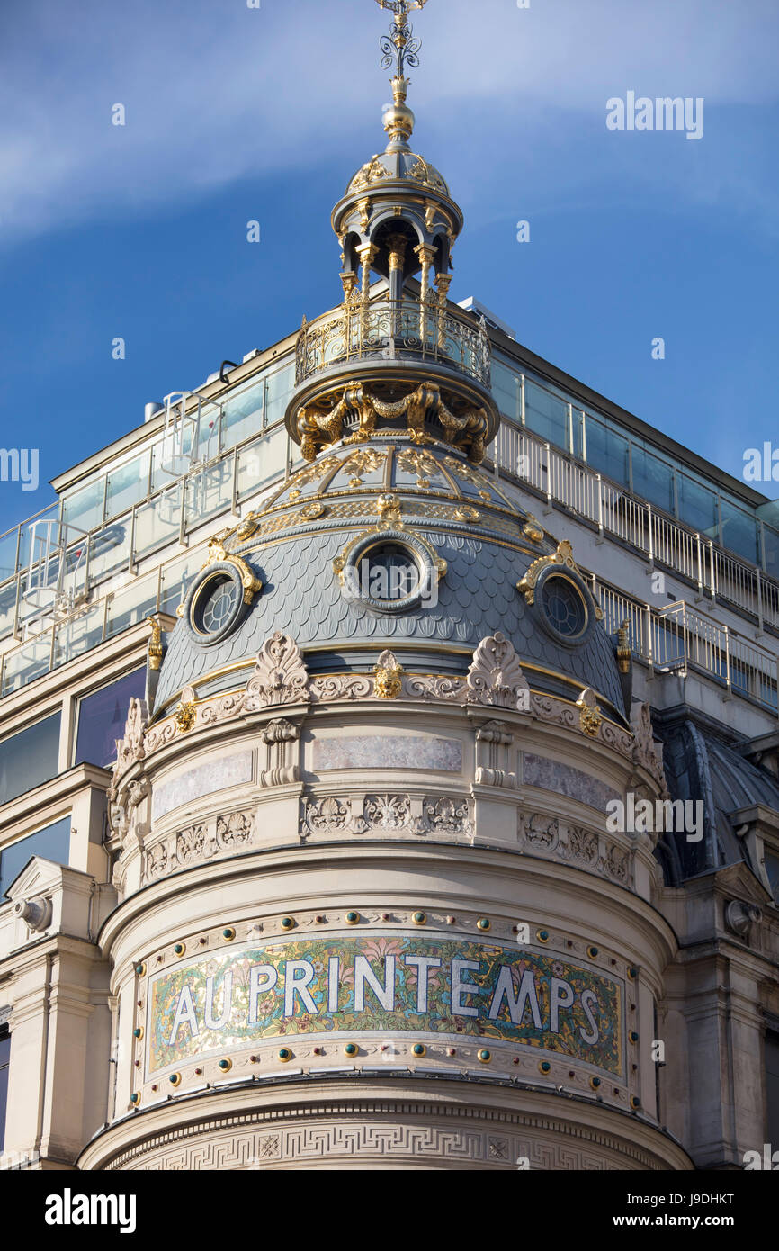 Le Printemps Paris Printemps Haussmann Stock Photos Printemps Haussmann Stock