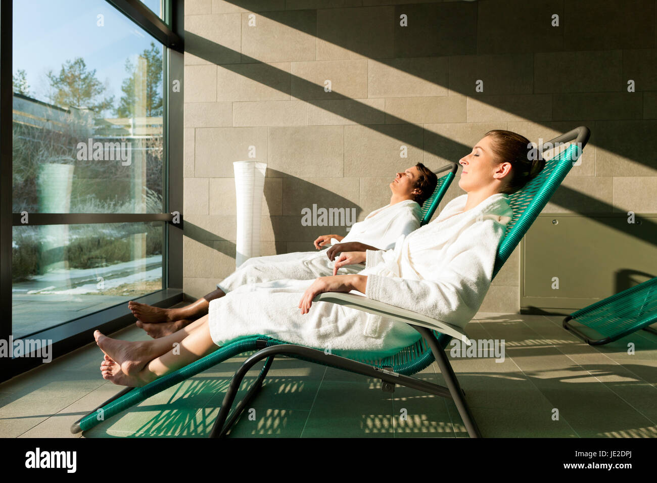Liege Relax Young Couple Relaxing In Wellness Spa On Liege They Enjoy The Sun