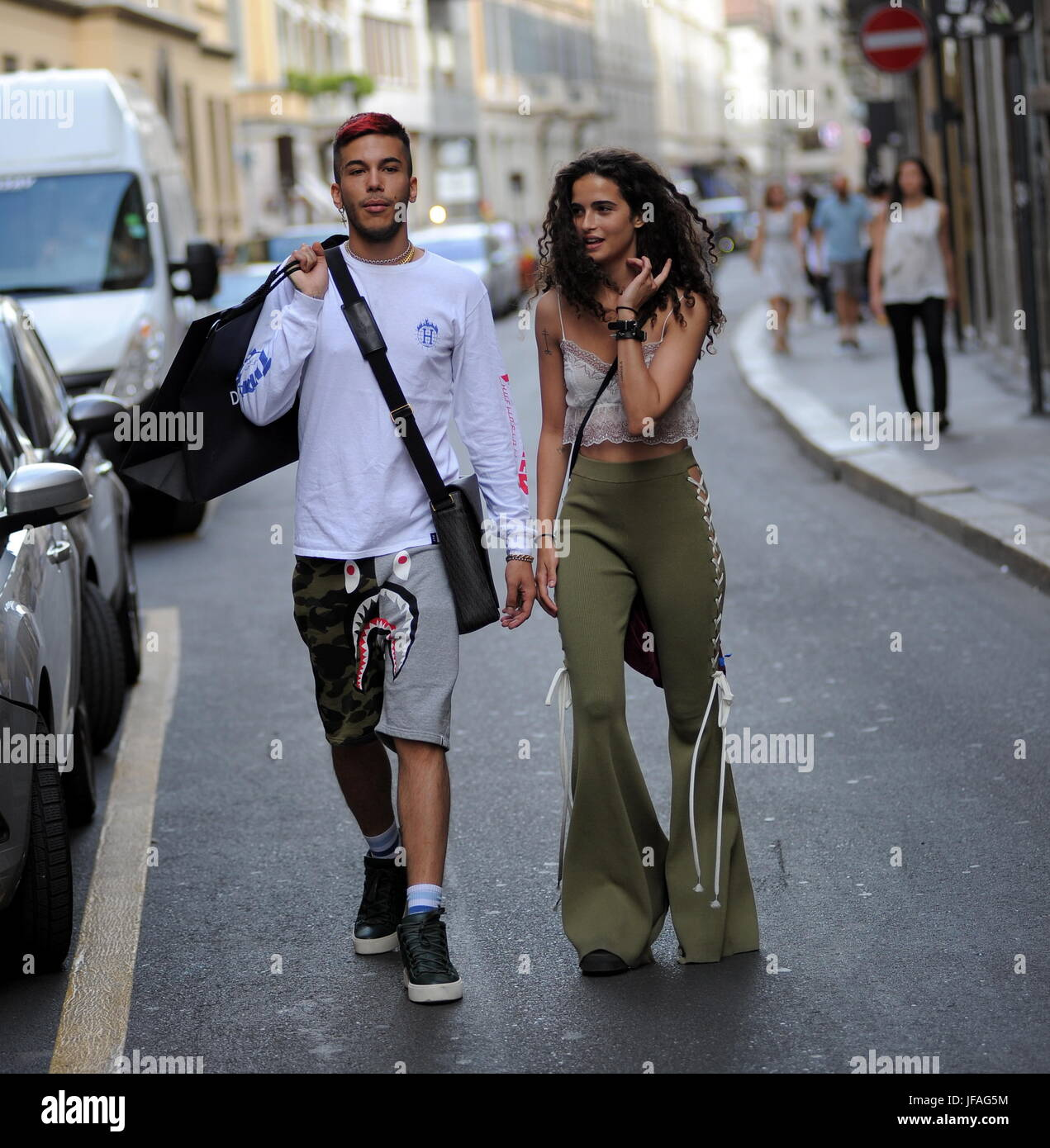 Sfera Online Shop Deutschland Milan Chiara Scelsi And Sfera Shopping Rapper Together In The
