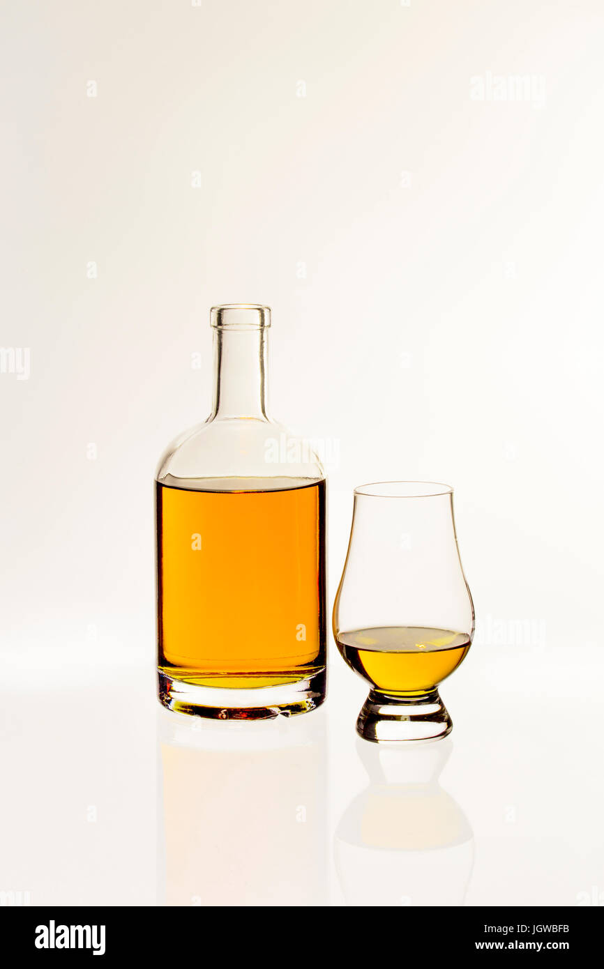 Whiskygläser Nosing Whisky Glas Stock Photos Whisky Glas Stock Images Alamy