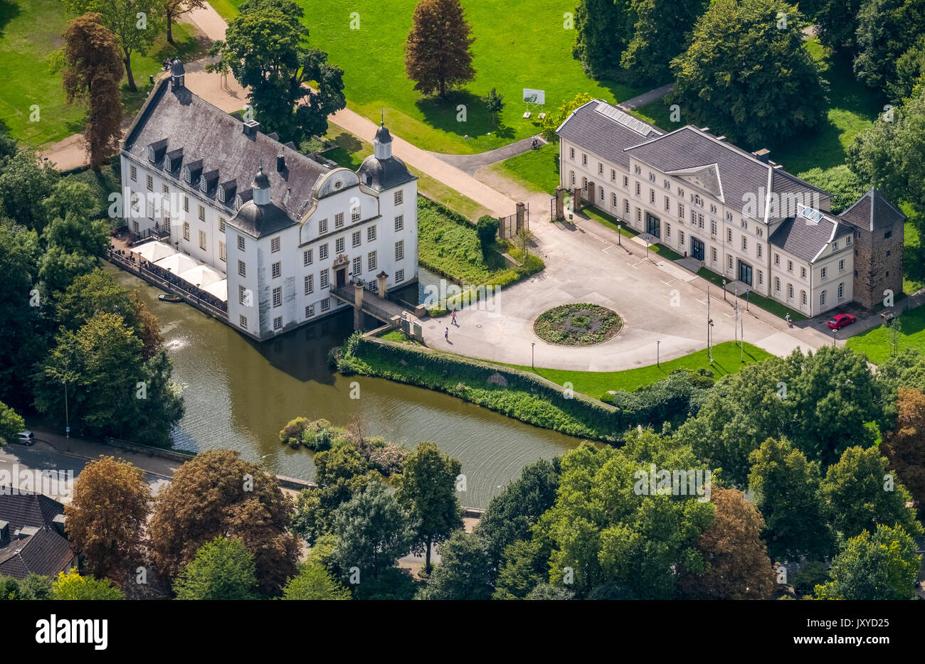 Schloss Borbeck Hochzeit Schloss Borbeck Baroque Moated Castle Main House And An