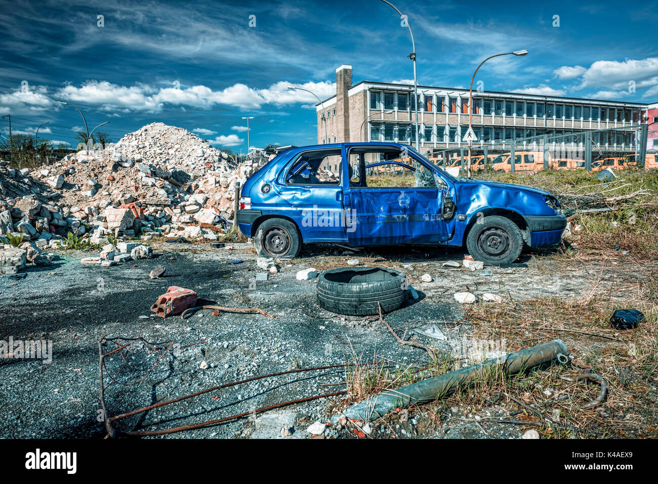 Recyclinghof Hamburg Bergedorf Car Disposal Stock Photos And Car Disposal Stock Images Alamy