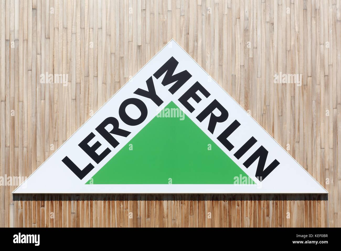 Leroy Merlin Grenoble Leroy Merlin Stock Photos And Leroy Merlin Stock Images Alamy