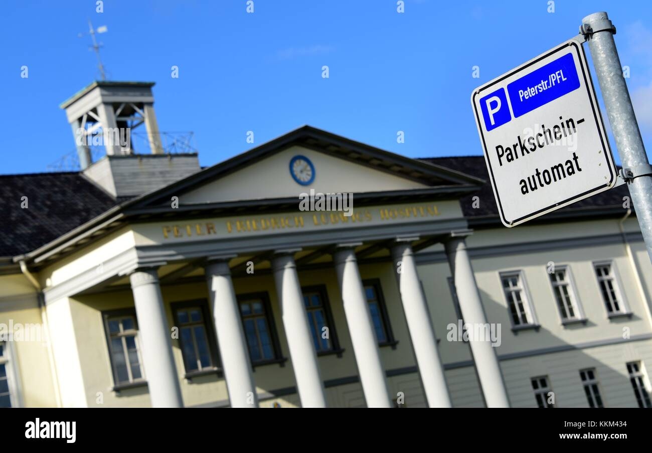 Oldenburg Shopping Center Automat Stock Photos And Automat Stock Images Alamy