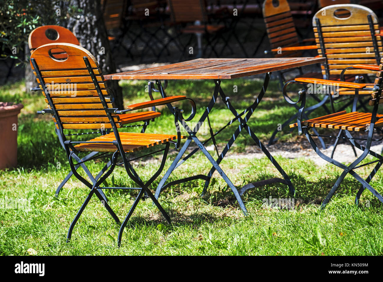 Garden Furniture Shop High Resolution Stock Photography And Images Alamy - Garden Furniture Clearance Tunbridge Wells