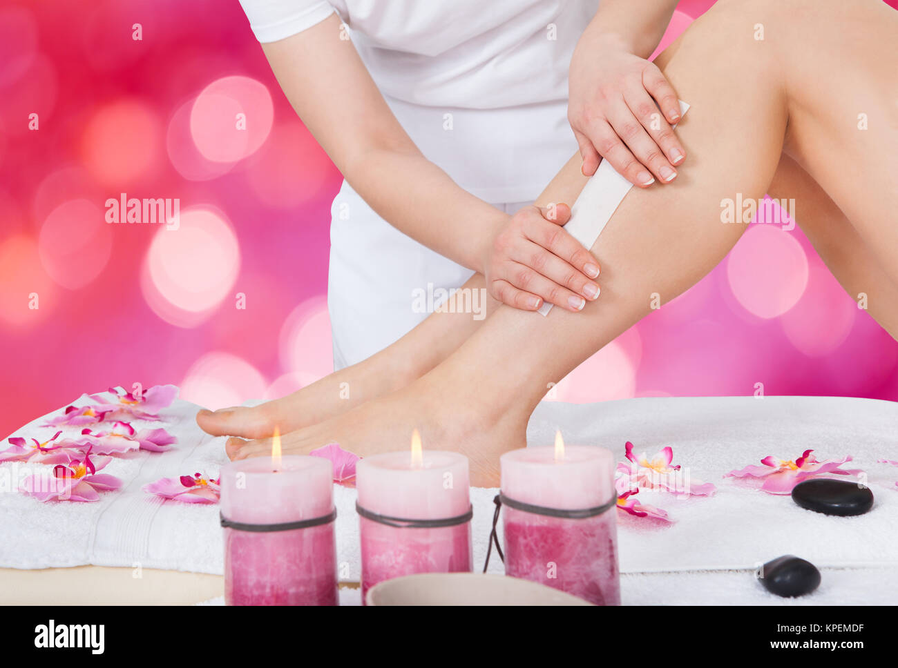 Spa Waxing Waxing Salon Stock Photos And Waxing Salon Stock Images Alamy