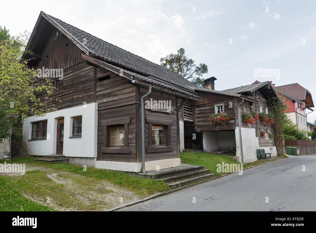 Haus 24 De Haus Austria September 24 2017 Old Rural Wooden Architecture