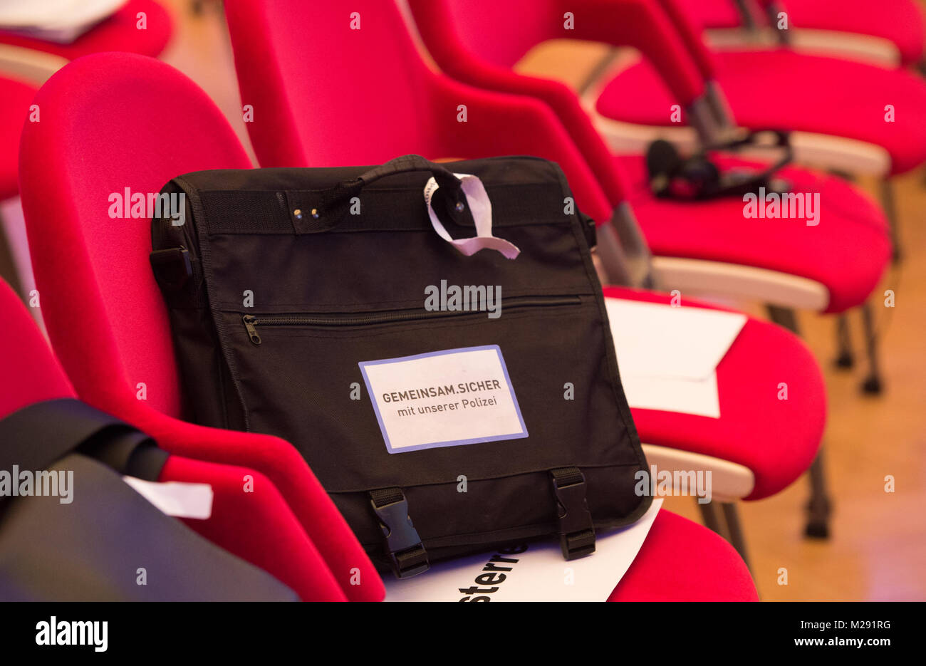 Sicher Safe Berlin Germany 6th February 2018 A Bag Which Reads Gemeinsam