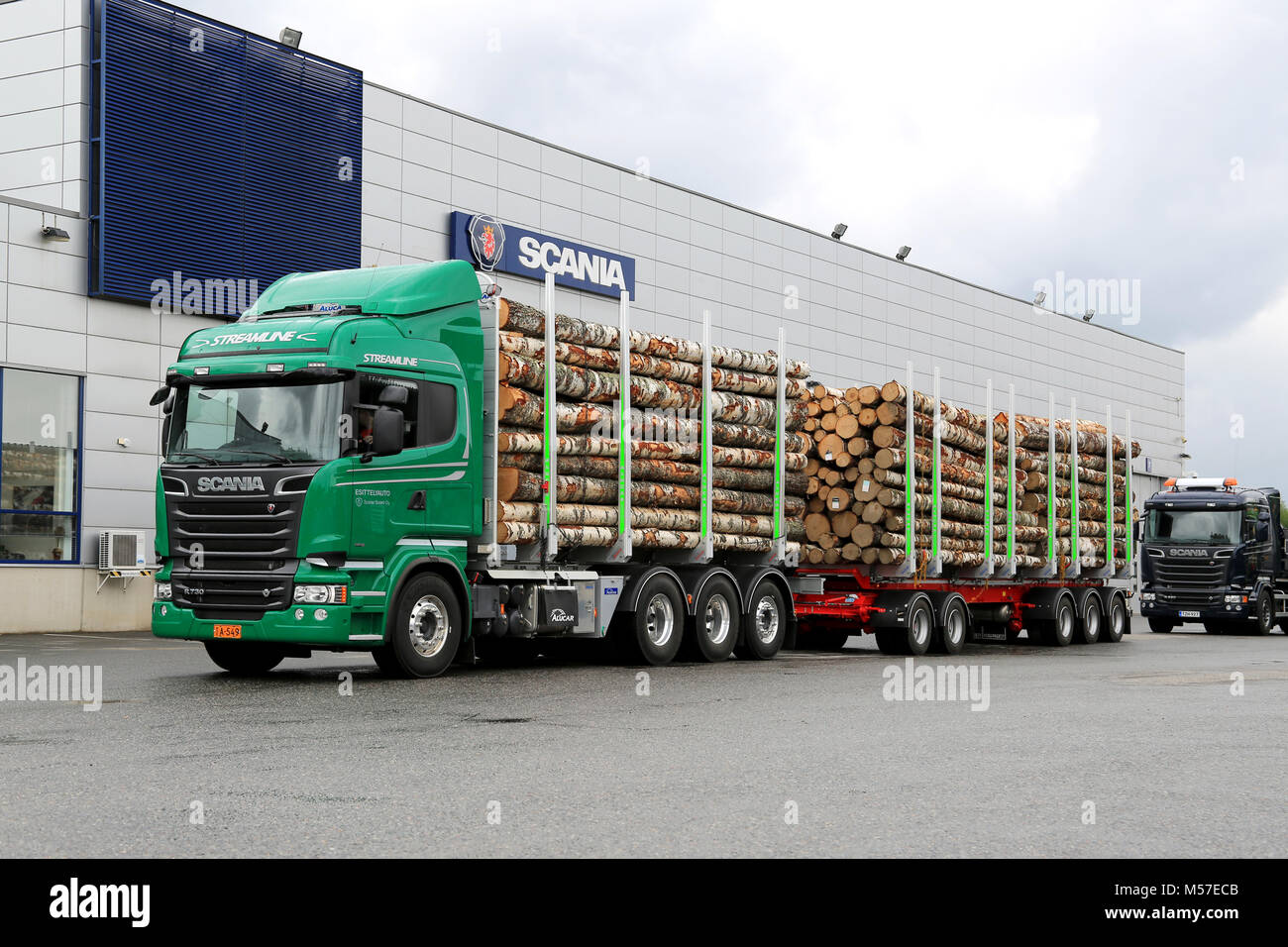 Timber Truck High Resolution Stock Photography And Images Alamy