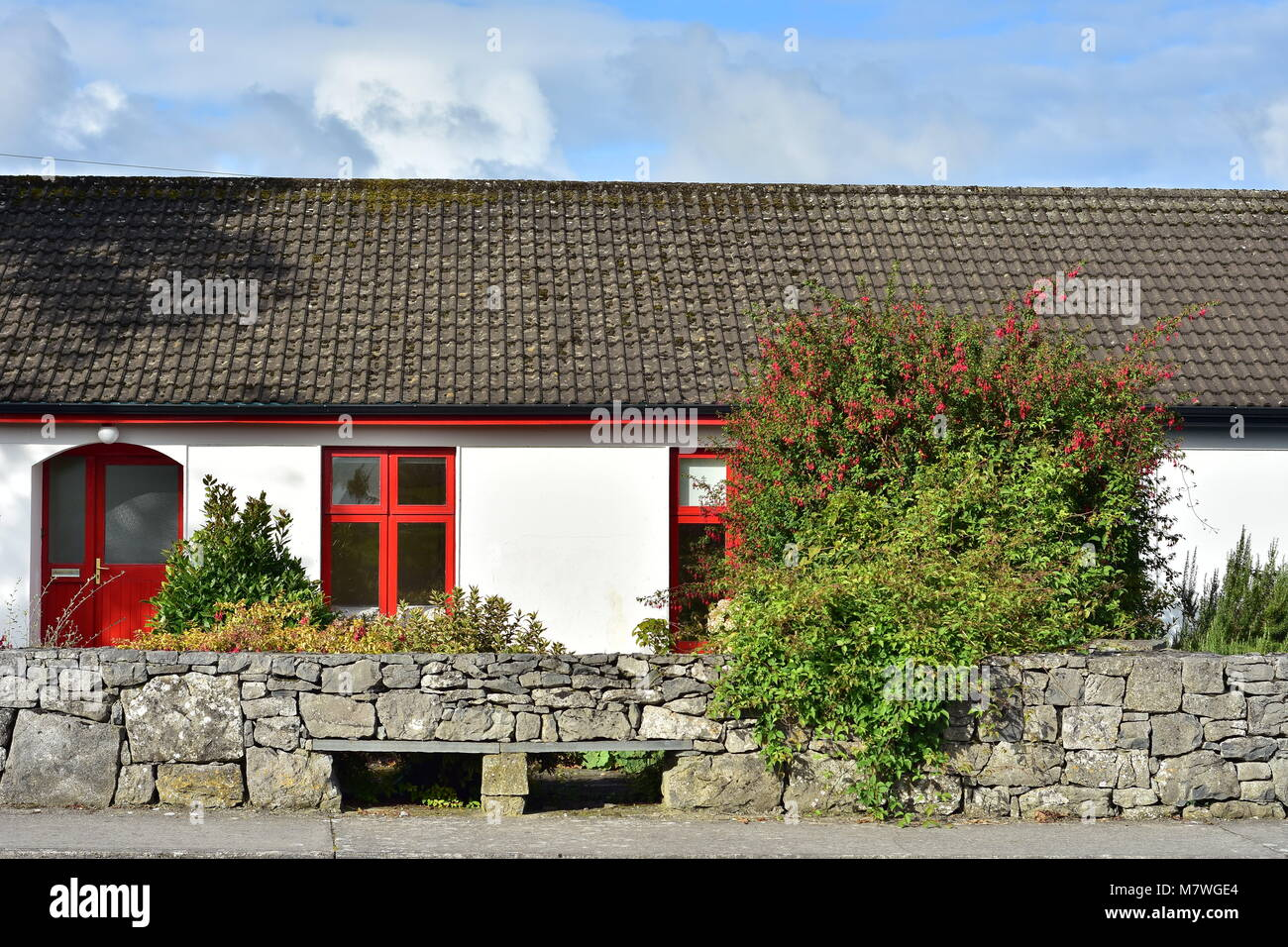 Container Haus Irland Irish Wall Stock Photos Irish Wall Stock Images Alamy