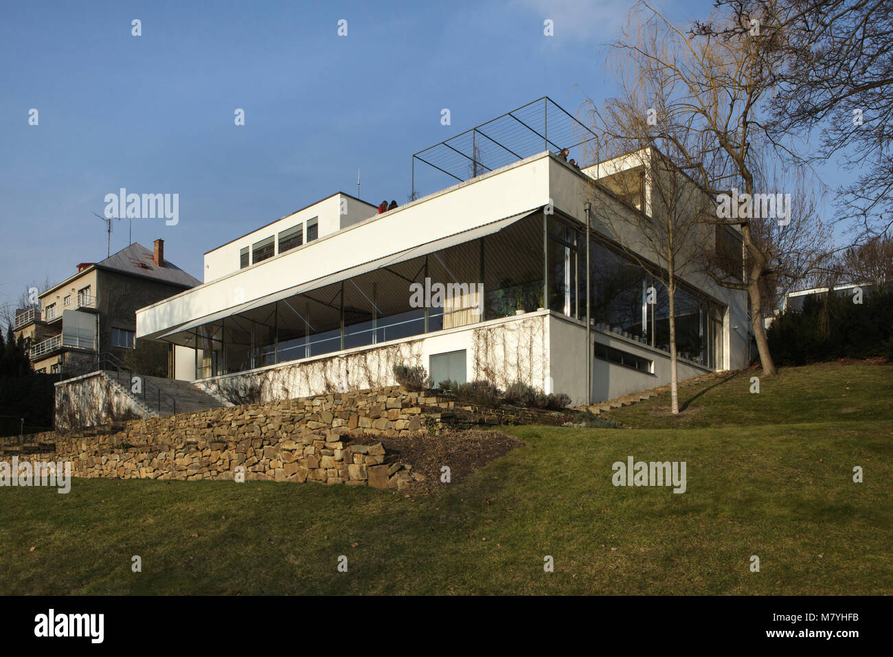 Villa Tugendhat Villa Tugendhat In Brno Czech Republic Pictured From The Garden