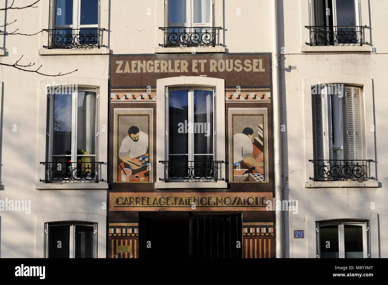 Europe Carrelage Nanterre Paris Advertise Stock Photos Paris Advertise Stock Images Alamy